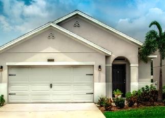 Foreclosed Home en SW PATTERSON ST, Port Saint Lucie, FL - 34987