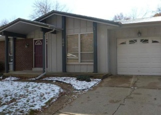 Foreclosed Home en ARBORWOOD DR, Ballwin, MO - 63021