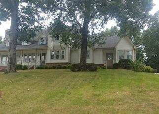 Foreclosed Home in HILLSBOROUGH LN, Little Rock, AR - 72212