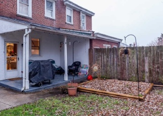 Foreclosed Home en E MOORE ST, Norristown, PA - 19401