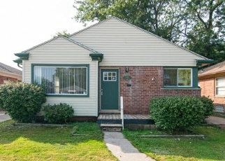 Foreclosed Home en OAK PARK BLVD, Oak Park, MI - 48237