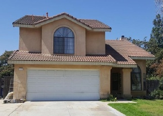 Foreclosed Home en TANGELO AVE, Fontana, CA - 92335