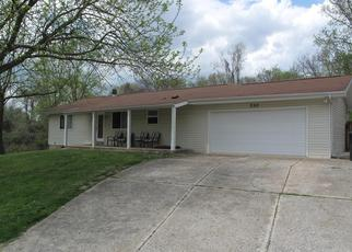 Foreclosed Home en MAPLE DR, Herculaneum, MO - 63048