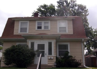 Foreclosed Home en 10TH AVE S, Minneapolis, MN - 55407