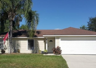 Foreclosed Home en TEATHER AVE, Deltona, FL - 32738