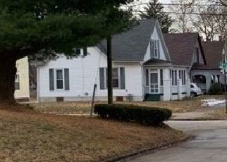 Foreclosed Home in EWING PL, Decatur, IL - 62522