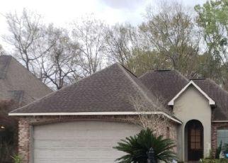 Foreclosed Home in RIDGE WAY AVE, Baton Rouge, LA - 70817