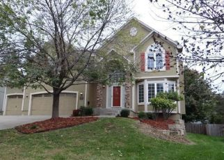 Foreclosed Home in W 44TH TER, Shawnee, KS - 66226