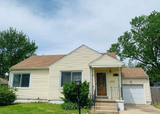 Foreclosed Home in N OLD MANOR RD, Wichita, KS - 67208