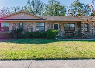 Foreclosed Home en CANTON DR, Jacksonville, FL - 32221