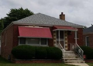 Foreclosed Home en S THROOP ST, Riverdale, IL - 60827