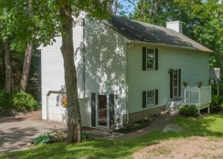Foreclosed Home in LOVELY ST, Avon, CT - 06001