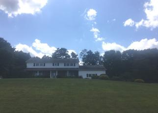 Foreclosed Home in BUTTERNUT LN, New Fairfield, CT - 06812