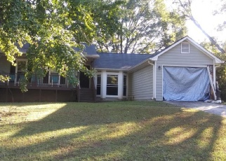 Foreclosed Home en NORTHFIELD DR, Ellenwood, GA - 30294