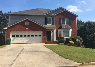 Foreclosed Home en ROCKMILL DR, Ellenwood, GA - 30294