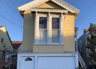 Foreclosed Home in OAK ST, Alameda, CA - 94501
