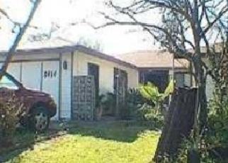 Foreclosed Home en CENTER PKWY, Sacramento, CA - 95823