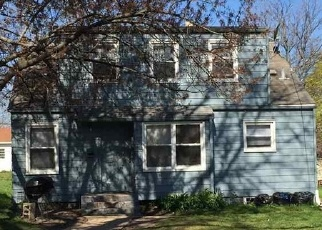 Foreclosed Home in N SUNSET AVE, Rockford, IL - 61101