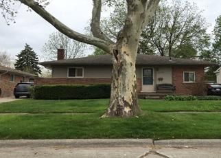 Foreclosed Home en DWIGHT ST, Dearborn Heights, MI - 48127
