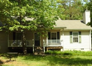 Foreclosed Home en RIVERSIDE DR, Palmyra, VA - 22963