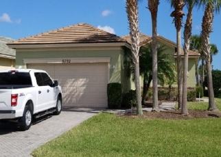 Foreclosed Home en SW GLENBROOK DR, Port Saint Lucie, FL - 34987