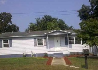 Foreclosed Home en JUNIPER AVE, Pensacola, FL - 32534