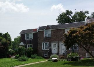 Foreclosed Home en GRAMERCY DR, Clifton Heights, PA - 19018