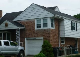 Foreclosed Home in N 26TH ST, Reading, PA - 19606