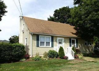 Foreclosed Home en WASHINGTON ST, East Greenville, PA - 18041