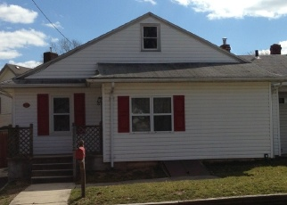Foreclosed Home en EAST CIR, Bristol, PA - 19007