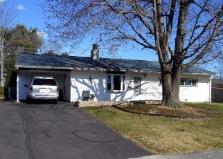 Casa en ejecución hipotecaria in Levittown, PA, 19055,  SPIRAL LN ID: P1307307