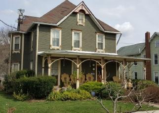Foreclosed Home en E PENN ST, Bedford, PA - 15522