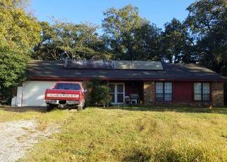 Foreclosed Home in E 157TH ST S, Coweta, OK - 74429