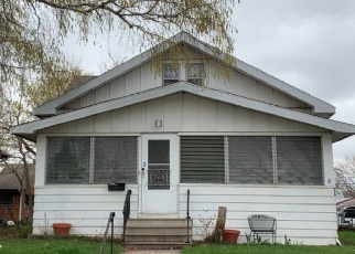 Foreclosed Home en ENGLEWOOD AVE, Saint Paul, MN - 55104