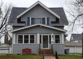 Foreclosed Home en 2ND AVE NE, Waseca, MN - 56093