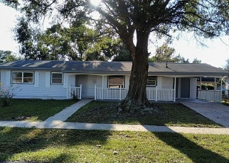 Foreclosed Home en KEYES LN, Deltona, FL - 32738