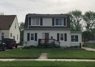 Foreclosed Home en MELROSE AVE, Eastpointe, MI - 48021