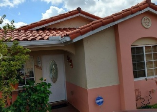 Foreclosed Home en W 75TH ST, Hialeah, FL - 33018