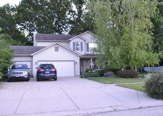 Foreclosed Home in HAZELWOOD DR, Mchenry, IL - 60051