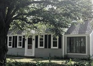 Foreclosed Home in WOODSIDE AVE, Buzzards Bay, MA - 02532