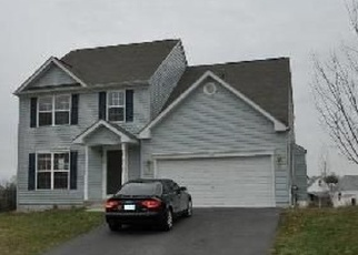 Foreclosed Home en QUIET SUNSET CT, Essex, MD - 21221