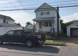 Foreclosed Home en S EMPIRE ST, Wilkes Barre, PA - 18702