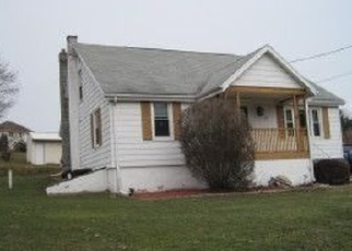 Foreclosed Home en W COUNTY RD, Sugarloaf, PA - 18249