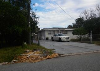 Foreclosed Home en AMBERJACK LN, Atlantic Beach, FL - 32233