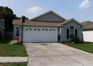 Foreclosed Home en SONDRA COVE TRL N, Jacksonville, FL - 32225