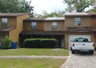 Foreclosed Home en TANAGER DR S, Jacksonville, FL - 32225