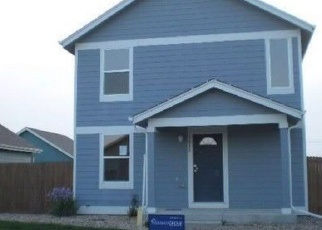 Foreclosed Home en QUARTERLAND ST, Strasburg, CO - 80136