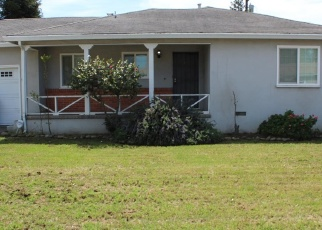 Foreclosed Home en CHRISTINA AVE, Stockton, CA - 95204