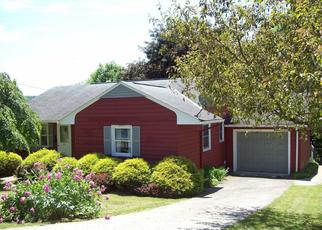 Foreclosed Home en E CHURCH ST, Ligonier, PA - 15658