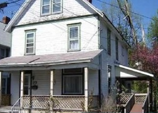 Foreclosed Home en S CHESTNUT ST, Derry, PA - 15627